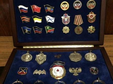 Оригинальные памятный жетоны, брелки.