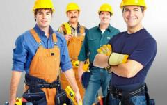 Требуются рабочие строительных специальностей: