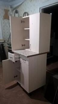 Продам новый рабочий стол на кухню с верхним шкафчиком!