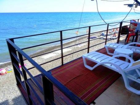Снять жилье в Алуште у моря Приветное эллинги Катран